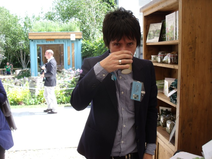 Johnny Marr supping Jekka's Bright & Breezy Brew